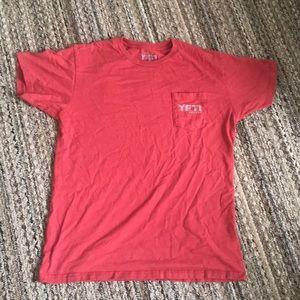 Men's Yeti T-Shirt